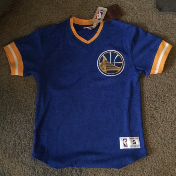 save off 616ff 50336 Golden State Warriors jersey tee NWT